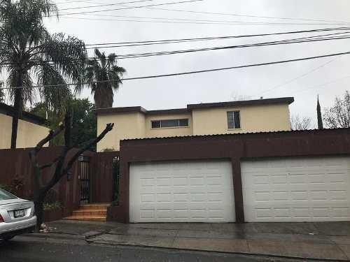 Casa En Venta En Lomas Del Valle-zona Valle, Oportunidad (ljgc)