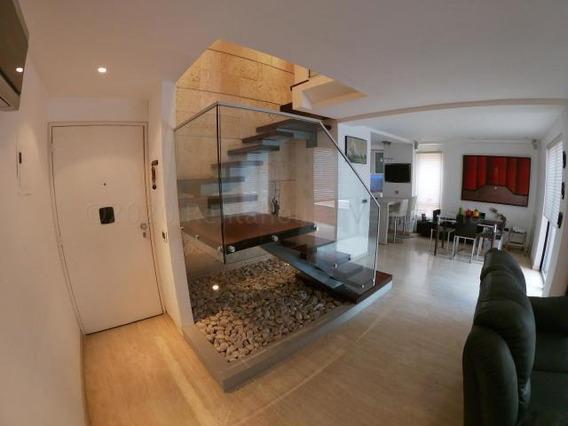Apartamento En Alquiler Mls #20-24011 Am