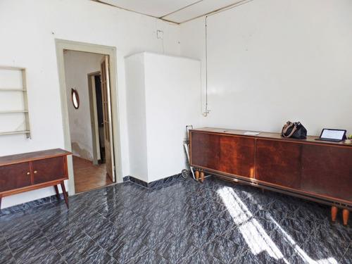 Imagen 1 de 10 de Casa De Un Dormitorio, Con Opcion A Dos, Con Patio.