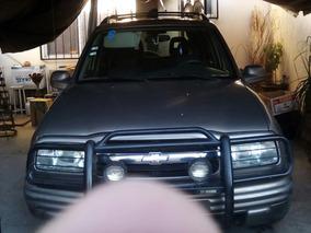 Chevrolet Tracker Hard Top Cd L4 4x2 At 2002
