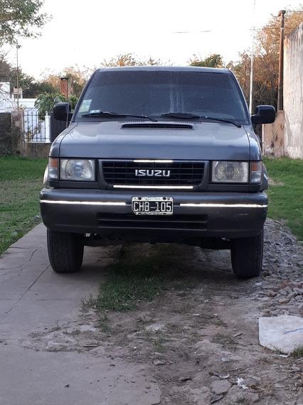 Isuzu Trooper 3.1 I Scout Wagon 1998