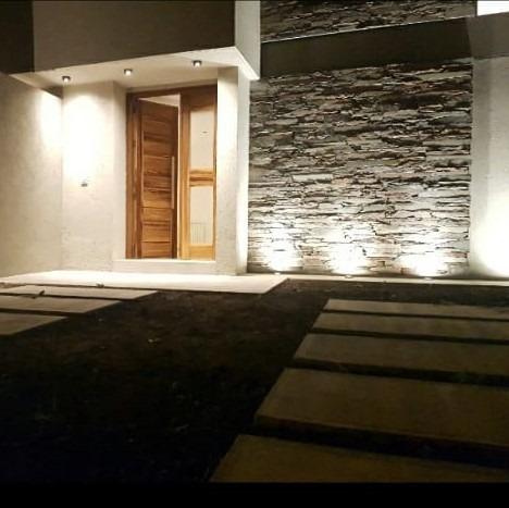 Imagen 1 de 14 de Vendo Expectaculas Casa De 3 Dor . Villa Catalina 1° Etapa .