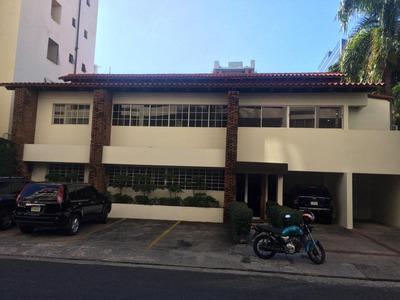 Se Alquila Y/o Vende Edificio En Naco