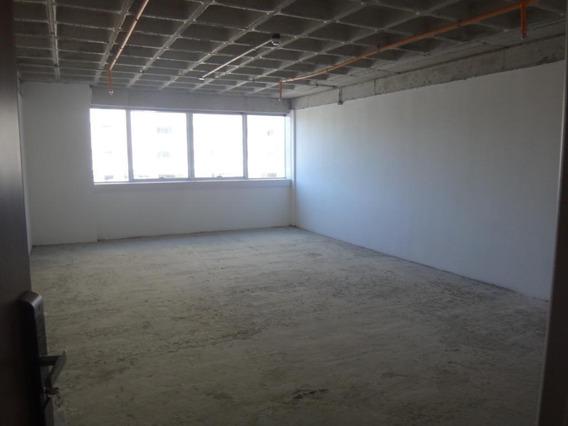Sala Em Edifício Montreal, Barueri/sp De 56m² À Venda Por R$ 364.000,00 - Sa335432