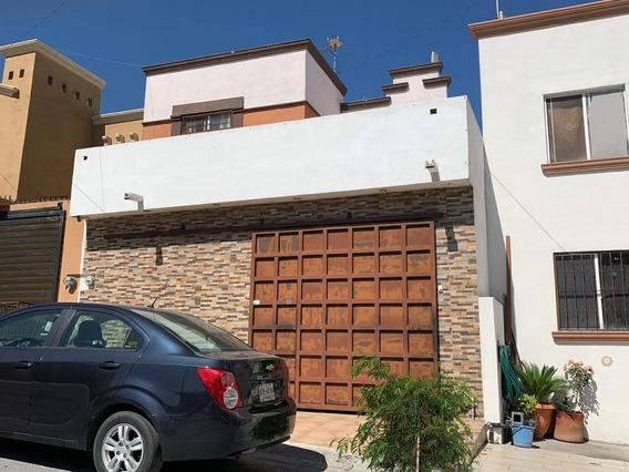 Casa En Venta Santa Catarina, Puerta La Huasteca I