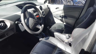 Vendo Toyota Etios Sedã 2013 Completo Gnv 5 Geração