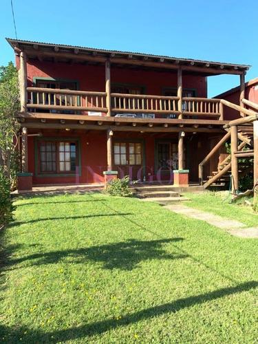 Amplia Casa En Alto De Punta Piedras, Con Parrillero Y Capacidad Grande- Ref: 618