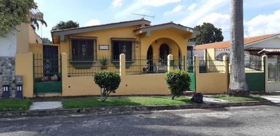 Casa, En Venta Cod 414886 Liseth Varela 0414 4183728