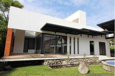 Se Vende Casa Modernista Dentro Del Exclusivo Fraccionamiento Residenc