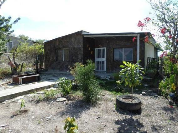 Casa En Venta Parroquia Juan Villegas 19-1509 Ds