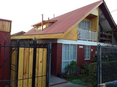 Casa Dos Pisos, 3 D, 2 B, Metro San Jose De La Estrella.