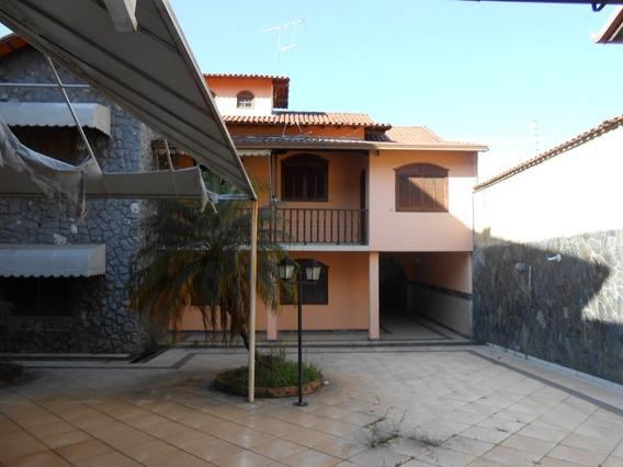 Casa De 5 Quartos , 2 Salas , 2 Suites No Bairro Novo Riacho - 1548