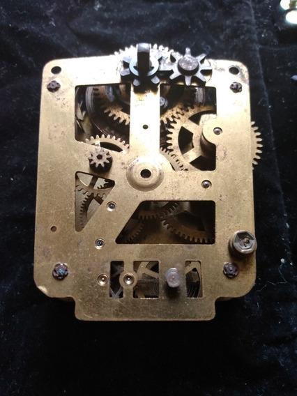 Maquinaria De Reloj Antiguo