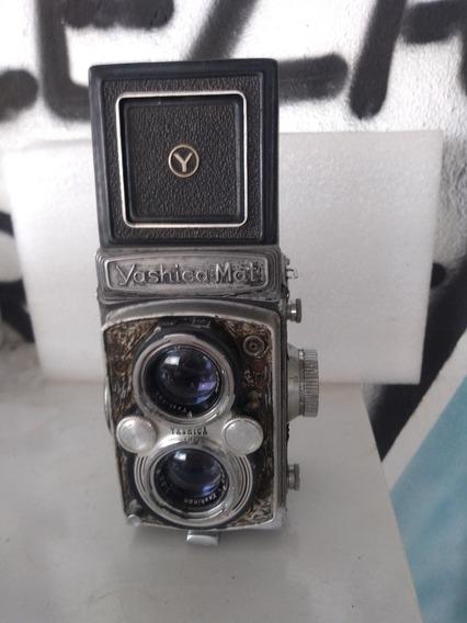 Câmera Antiga Yashica-mat Em Bom Estado