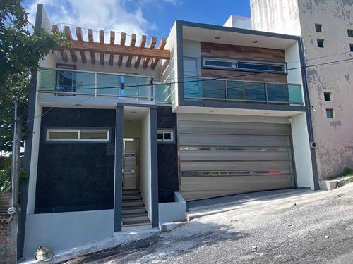 Imagen 1 de 14 de Casa De 3 Recamaras Con Alberca