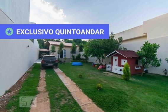 Casa Com 3 Dormitórios E 6 Garagens - Id: 892990717 - 290717
