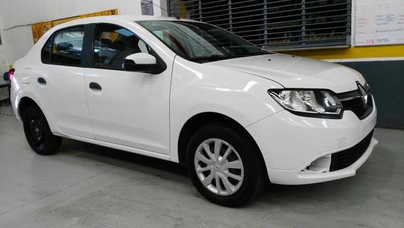 Renault Logan 4p Expression L4/1.6 Aut