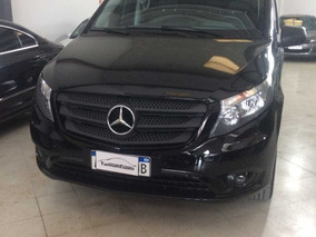 Mercedes Benz Vito Minivan