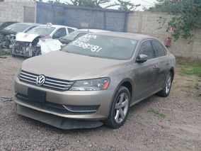 Volkswagen Passat 2.5 Highline At