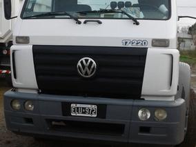 Volkswagen 17.220 2004