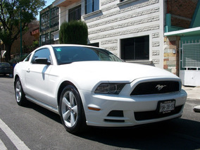 Ford Mustang 3.8 Coupe Lujo V6
