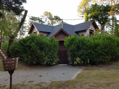 Casa 5 Ambientes 3 Baños