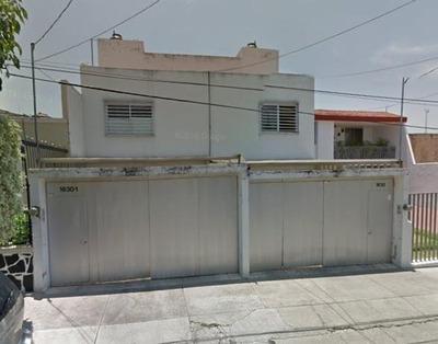 Casa De Remate En Col. Independencia, Guadalajara