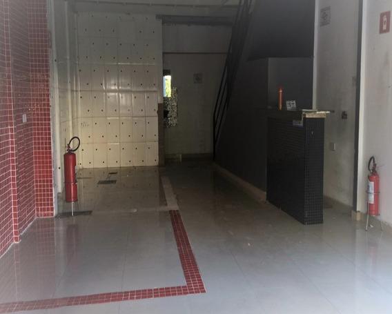 Alugo Excelente Salão No Centro De Osasco, Imóvel Com 80 M² De Área Construída Sendo 50 M² A Parte De Baixo Com Uma Copa E 1 Banheiro E 80 M² De Mezanino Com Mais 1 Banheiro, Imóve - 984 - 2968529