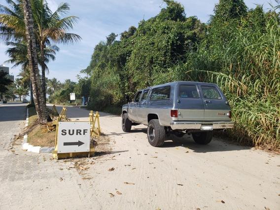 Chevrolet Suburban V8 Automática Diesel 6.2 Lts 8 Lugares