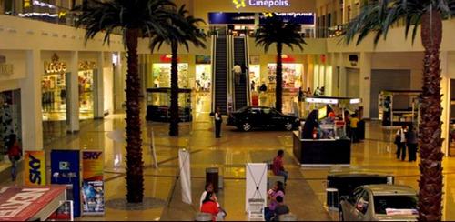Imagen 1 de 3 de Local En Centro Comercial Adana