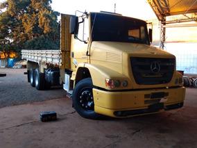 Mercedes-benz Atron 2324 6x2 2013/2013