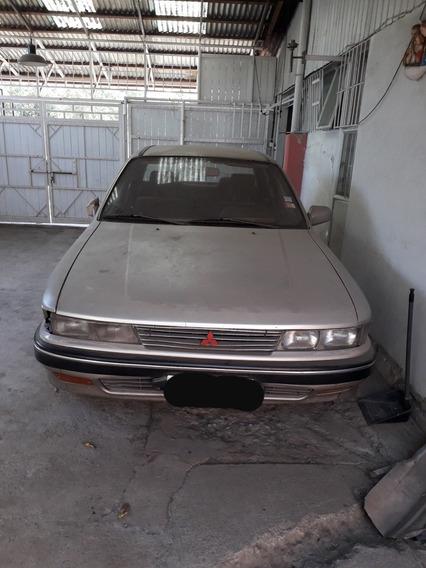 Mitsubishi Galant Super Saloon 1.8 Mecánico