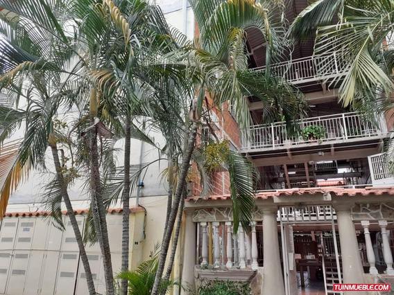 Apartamentos En Venta Urb Madre María 04265330810