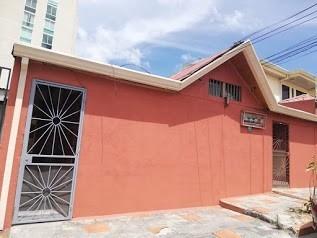 Apartamento En Zapote Barrio Cordoba, Excelente Ubicacion