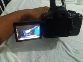 Câmera Profissional Canon T3i.