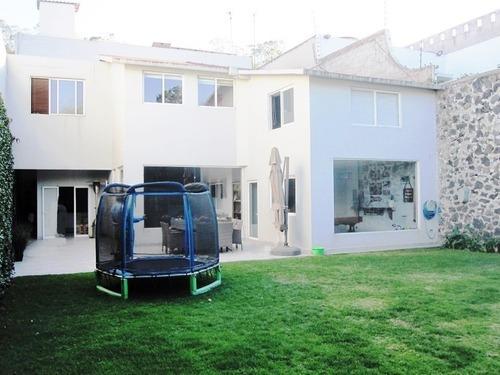 Jardines Del Pedregal.- Excelente Residencia Con Gran Jardín