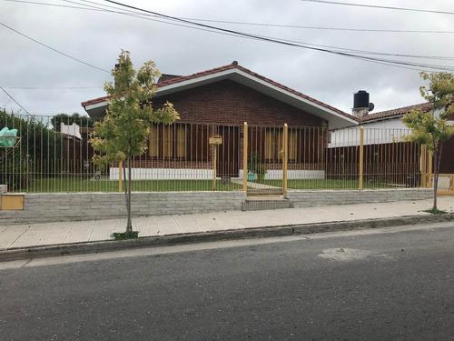 Casa A 10 Cuadras Del Centro