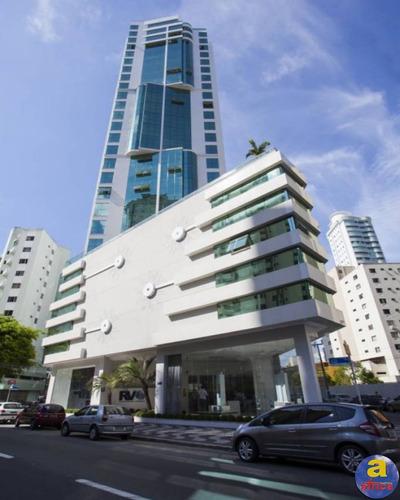 Imagem 1 de 11 de Apartamento 3 Suítes 2 Vagas De Garagem No Centro Em Balneário Camboriú/sc - Imobiliária África - Ap00538 - 69816284