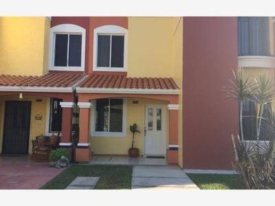 Casa Sola En Venta Villa Marina Resudencial Tranquilo Con Alberca Areas Verdes Cerritos