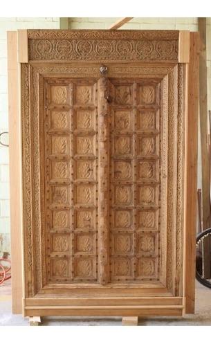 Porta Entalhada Antiga Madeira - Pivotada - Índia 2,36x1,56m