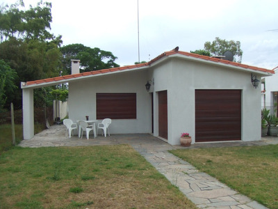 Casa En La Floresta A 1 Cuadra De La Playa.