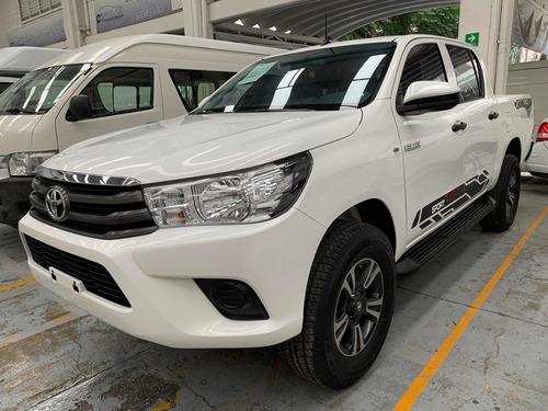 Imagen 1 de 7 de Toyota Hilux 2019 2.7 Cabina Doble Base Mt