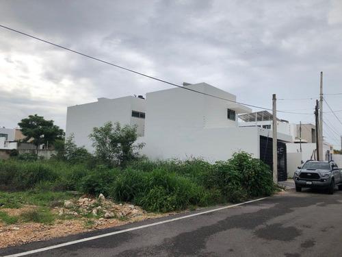 Imagen 1 de 4 de Terreno En Remate En Nuevo Yucatan De 10x35a 50 Mts. De La Av. Principal, Sobre Calle Pavimentada, Todos Los Servicios En Puerta