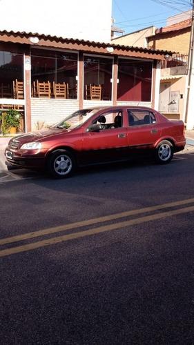 Imagem 1 de 10 de Chevrolet Astra Gls 2.0 8 V 4 P