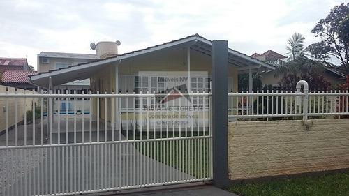 Casa A Venda No Bairro Rio Vermelho Em Florianópolis - Sc.  - 1144-1