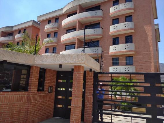 Apartamento En Venta En El Limon 04243050970