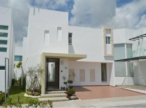 Casa 4 Recamaras O 3 Y Suite Independiente. Puebla Blanca.