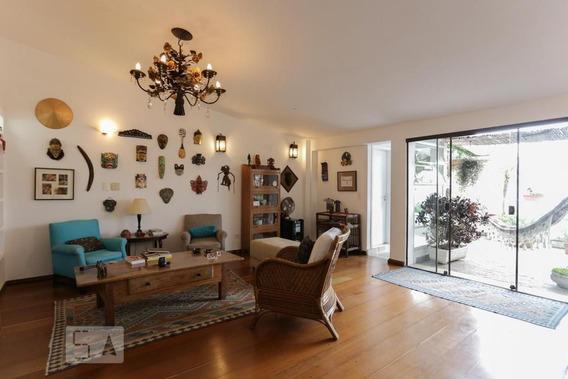 Apartamento No 8º Andar Com 2 Dormitórios E 2 Garagens - Id: 892995150 - 295150