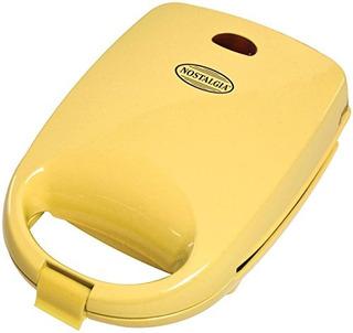 Nostalgia Anml400 Circo Animal Waffle Maker Amarillo
