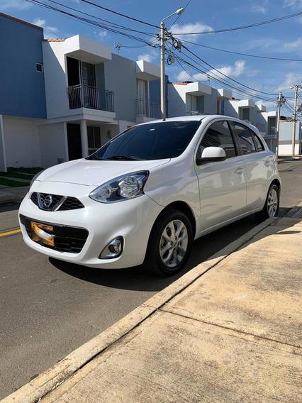 Nissan March 1.6 Blanco 5 Puertas